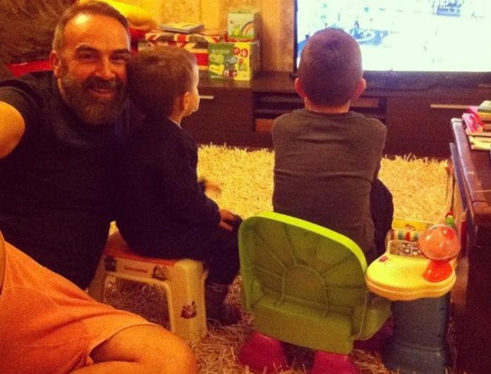 Ξεκαρδιστικό: Ο Γρηγόρης Γκουντάρας μας συστήνει την κοπέλα του γιου του! Η απίστευτη ανάρτηση του...