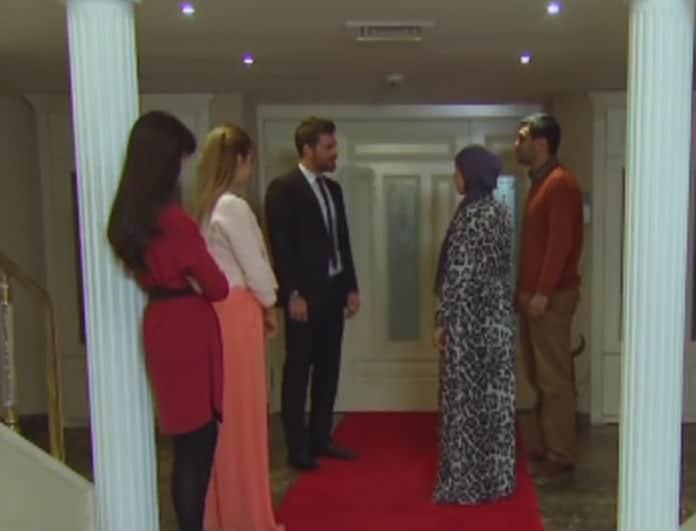 Ελίφ: Ο Μελίχ ζητάει σε γάμο την ιπέκ για να εκδικηθεί της οικογένειά της! Τι θα δούμε σήμερα Παρασκευή 20/4: