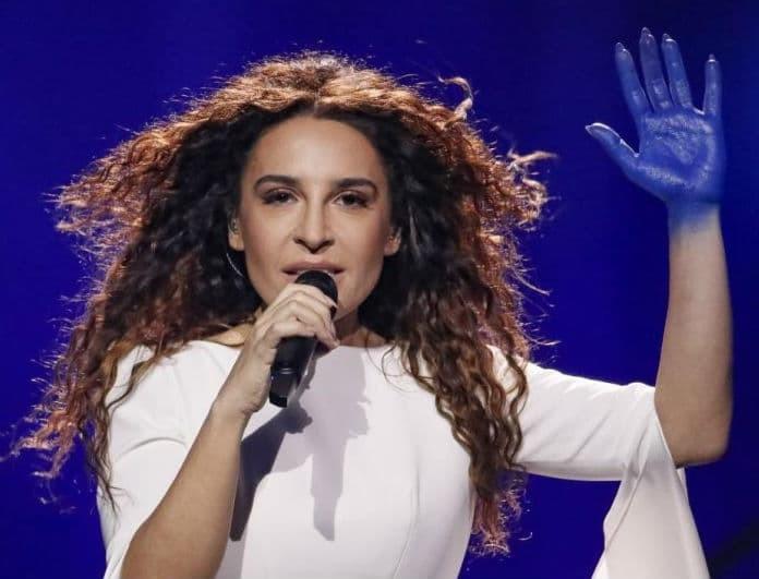 """Eurovision 2018: Η Φαίη Σκορδά """"αδειάζει"""" την ΕΡΤ για την γκάφα να στείλει την Τερζή! Η αποθέωση της Φουρέιρα και το λάθος επί σκηνής! (Βίντεο)"""