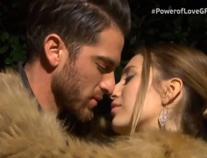 Power of Love: Tα ξαναβρήκαν Δώρος - Αθηνά! Τα τρυφερά λόγια και τα καυτά φιλιά του ζευγαριού!