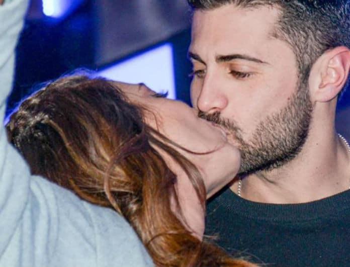Ευρίδικη Βαλαβάνη - Κωνσταντίνος Βασάλος φιλιόντουσαν στην μέση του δρόμου και ο Τσανγκ τους τσάκωσε! Το απίστευτο τρολάρισμα στα social media!